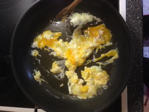 Zugabe der Eier